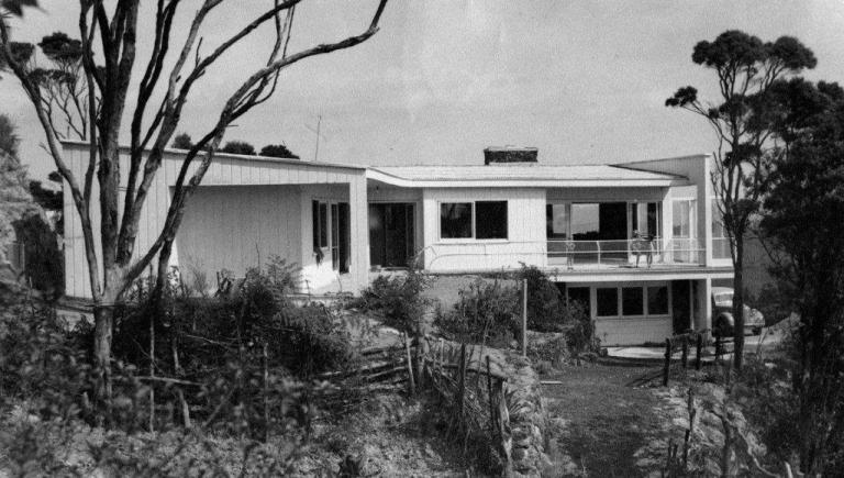 Atkinson House by Tibor Donner, 1947